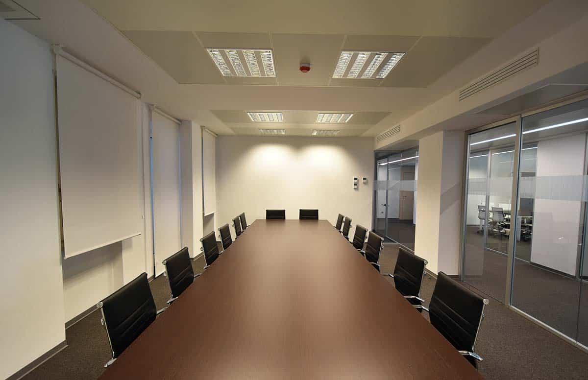 allestimento sala riunioni ufficio