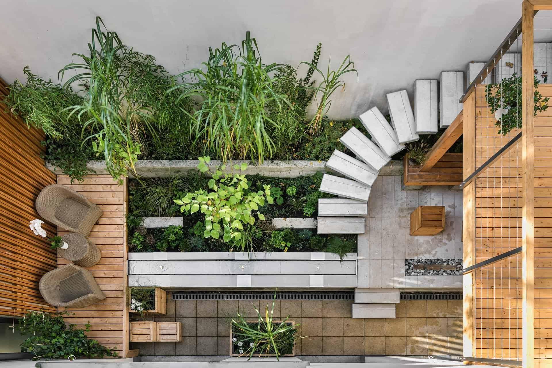 giardino legno casa passiva